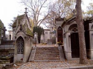 monumentos de paris cementerio-pere-lachaise-paris
