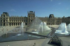 museos de paris louvre
